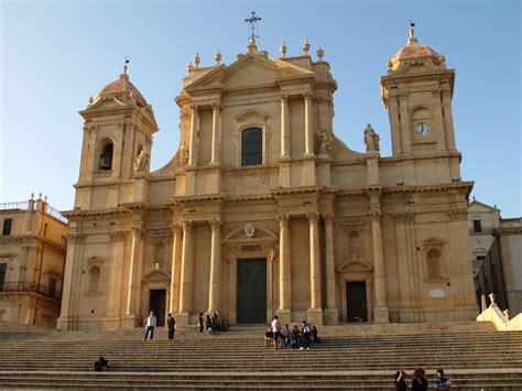 File:Noto Cathedral